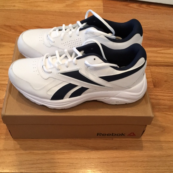 9b29075a5cda Reebok men s Walk Ultra V DMX Max Walking Shoe New.  M 5b854a4b28309584e39c30fc